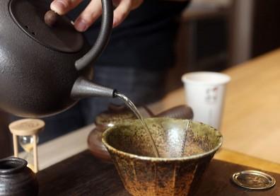 綠茶助抗氧化,但每天喝會不會增加腎結石風險?
