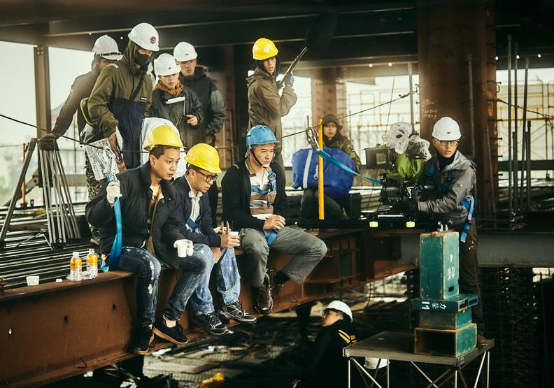 《做工的人》工地實景拍攝,一切十分不容易。大慕影藝提供。
