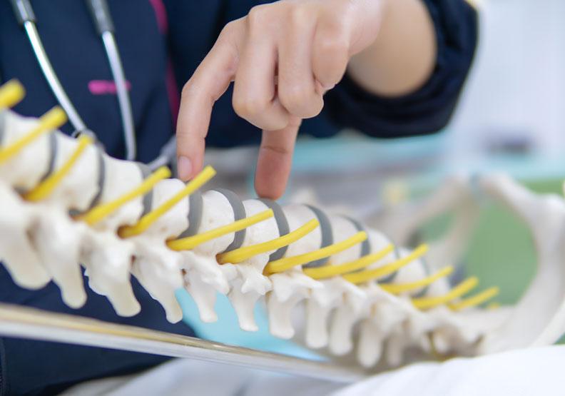 雙磷酸鹽引起的非典型股骨骨折