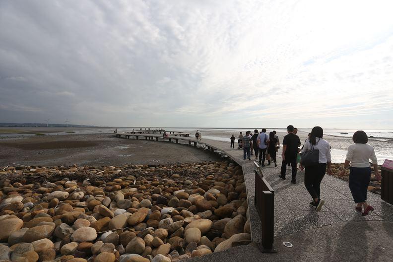 過去被批評沒啥好玩的新竹市,如今擁有許多極具吸引力的觀光景點,如圖中的「賞蟹步道」。