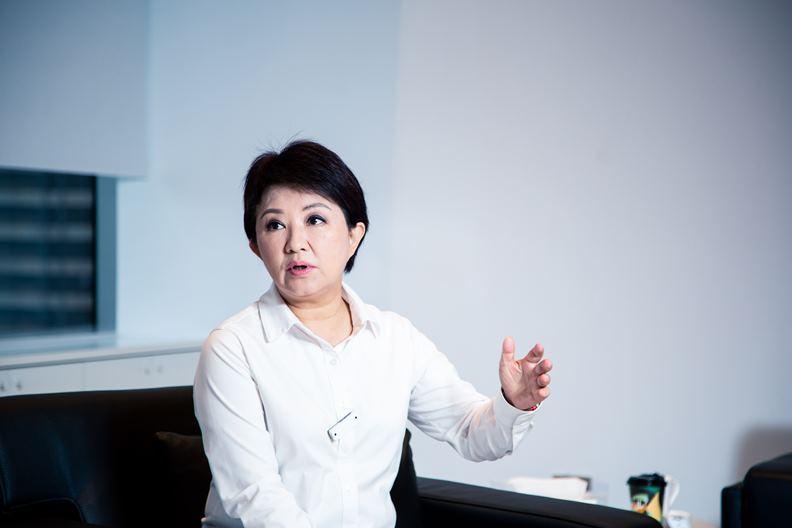 台中市長盧秀燕在擔任立委時就倡議縣市合併。
