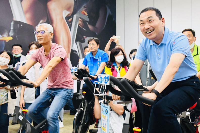 從台北縣原地升格為新北市,過程並沒有外界想像的那麼順利。(圖片取自侯友宜臉書)
