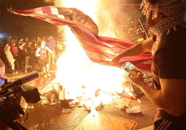 美國華盛頓特區示威群眾。取自達志影像
