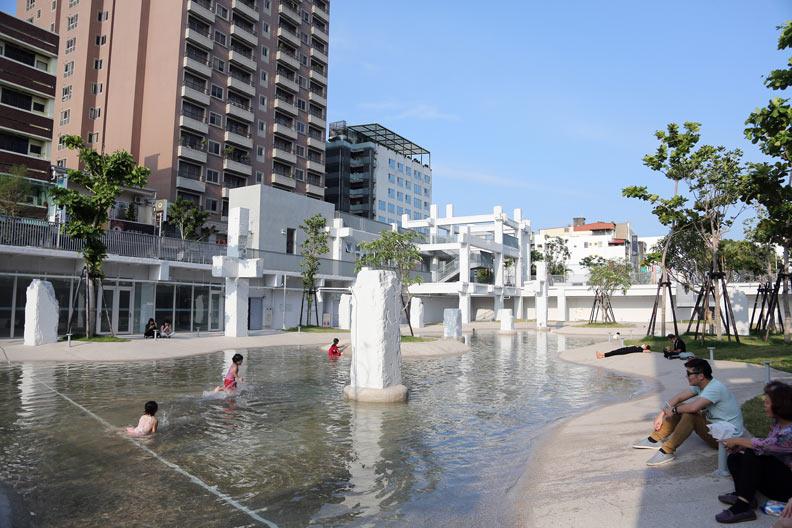 台南河樂廣場廣受好評。