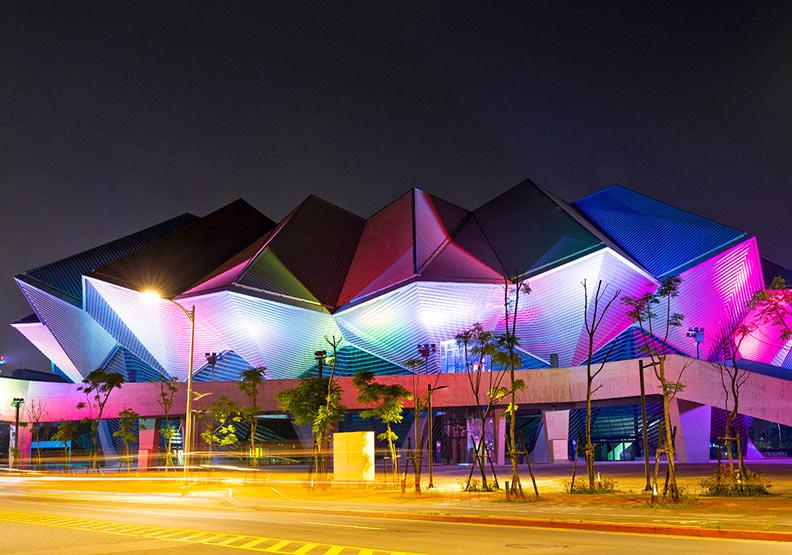 南港最新地標!美若科幻場景的台北流行音樂中心