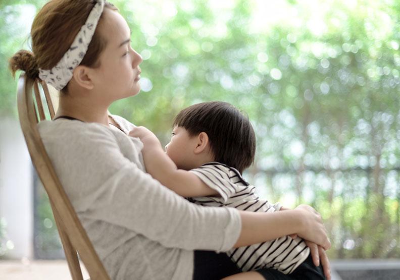 你的內在小孩需要療癒嗎?父母的「核心情緒」會影響成長中的孩子