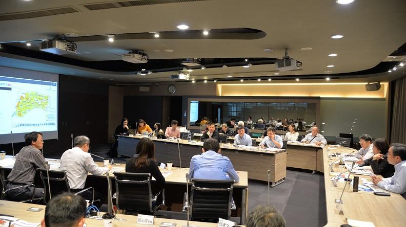 雲林縣政府召開多場國土規劃會議,更首創將「農業權」列入縣級國土計畫當中。