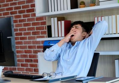 睡眠債愈欠愈多...一張自我評量表檢測你的嗜睡程度
