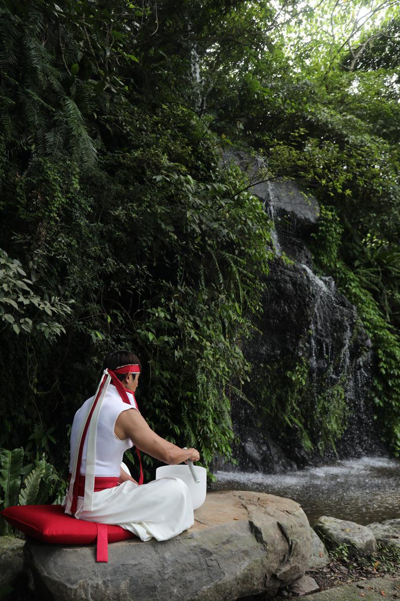 馥蘭朵宜蘭里山特有的表演「生活儀式」。