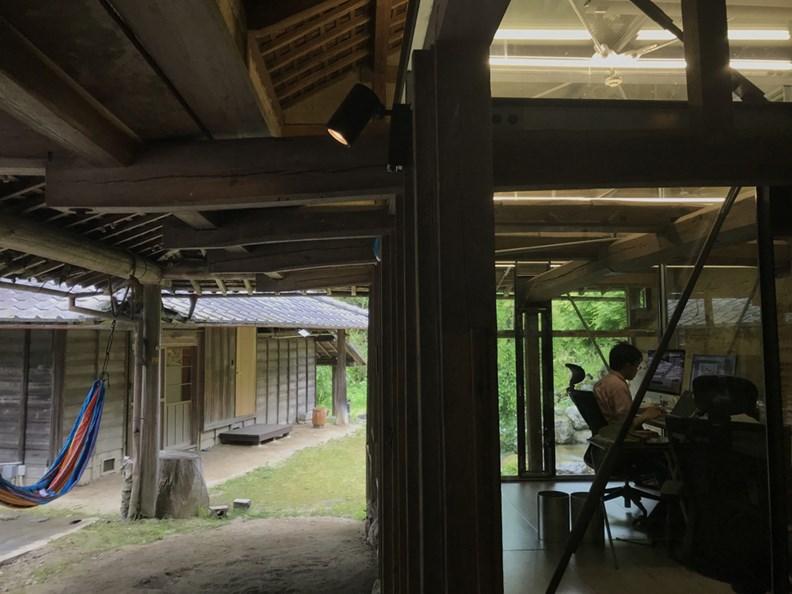 名片管理公司 sansan.Inc. 的神山町辦公室,原是一處老舊牛棚。