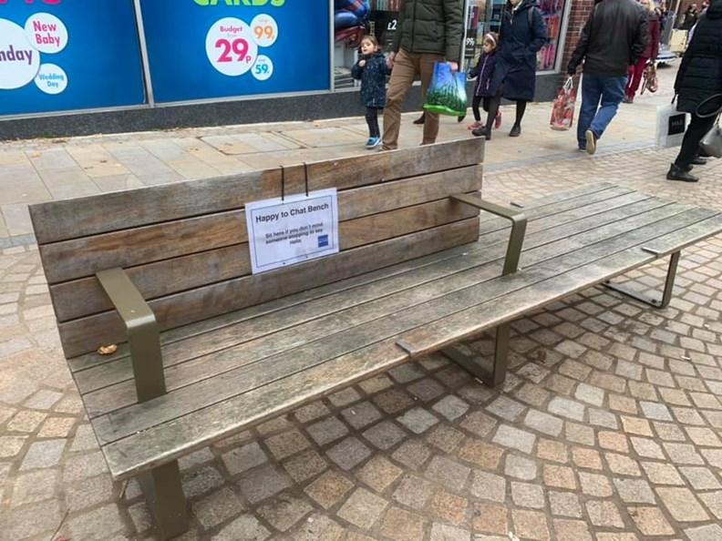 取自The Happy To Chat Bench Altrincham 臉書