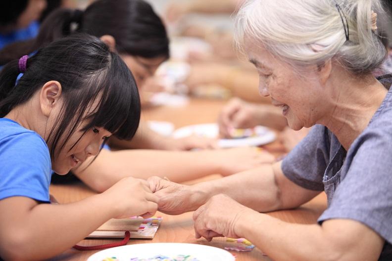 除了長照,未來屏東縣還規畫結合親子館、青少年休閒基地的銀髮健康俱樂部,以跨世代共融為終極願景。
