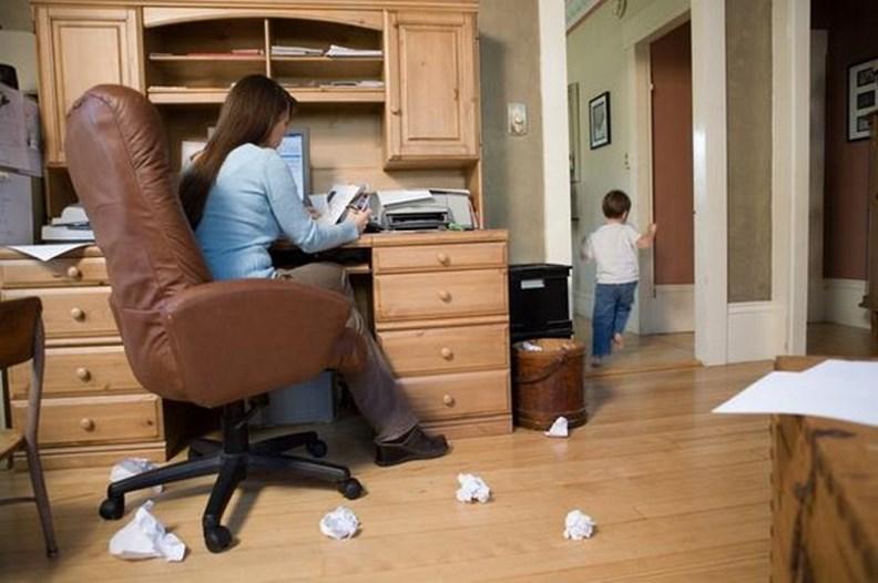長期的在家上班族,應量身打造適宜的工作環境。