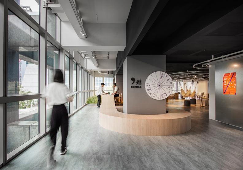 Comma Lab 大膽挑戰傳統公務會議空間的設計觀。柏成設計提供, 攝影/李國民攝影事務所