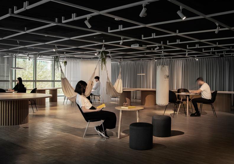 讓設計師放手做,「逗點實驗室」讓新北市的會議空間不再無趣!