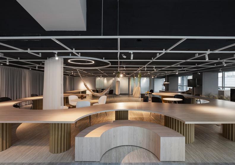 逗點實驗室以「辦桌」為發想概念。柏成設計提供,攝影/李國民攝影事務所