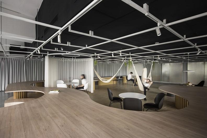 Comma Lab 成了新北市政府內部空間的新逗點。柏成設計提供,攝影/李國民攝影事務所