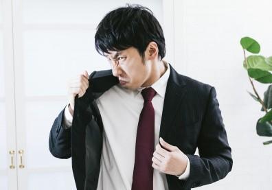 年過30,身體更容易有異味!日本發現「中年臭」分 4 大類