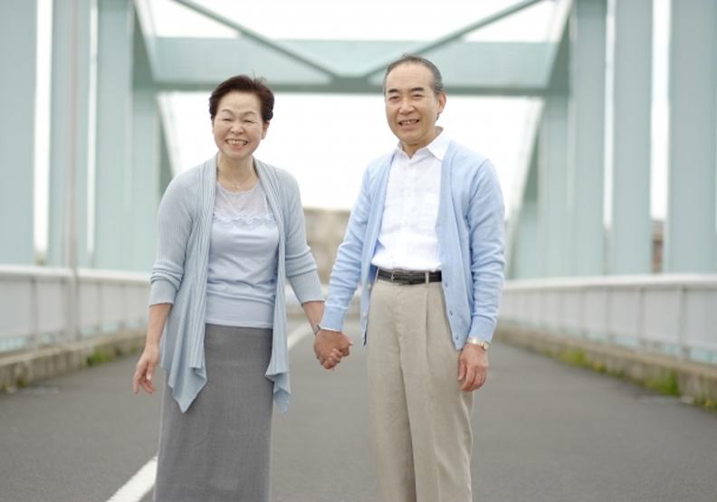 老年生活三階段,養成自在生活態度