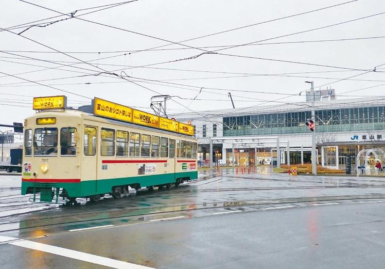 為城市生存而放棄汽車,日本的富山市真這麼做了!