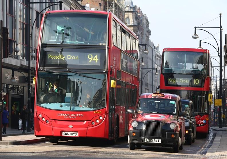 老是塞車的倫敦城,用哪三招推動「永續物流」?