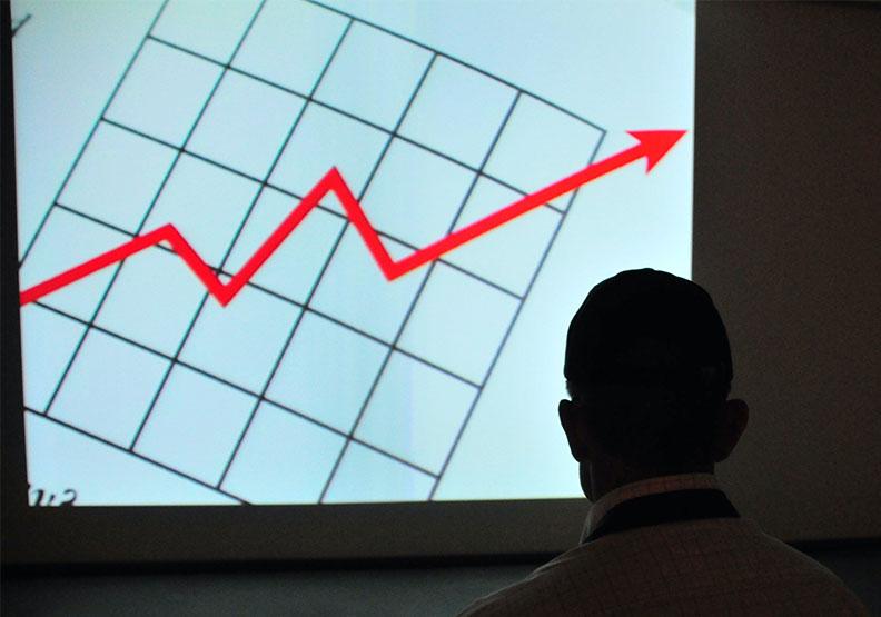 看到股市大漲很久,許多投資人的心態反而是悲觀的。圖片來自Unsplash