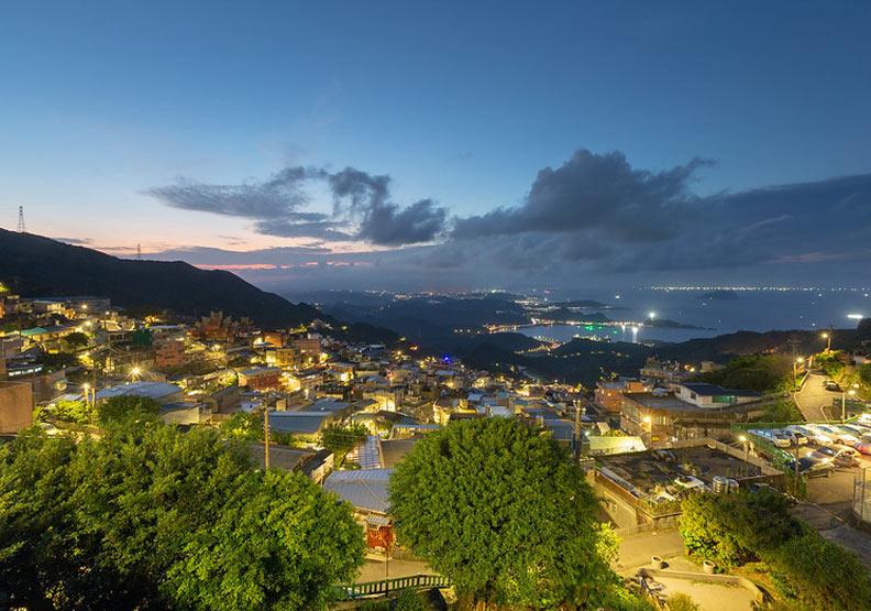 九份是台灣相當代表性的觀光景點。圖片取自Flickr,台湾でSamuel in Taiwan,CC by 2.0