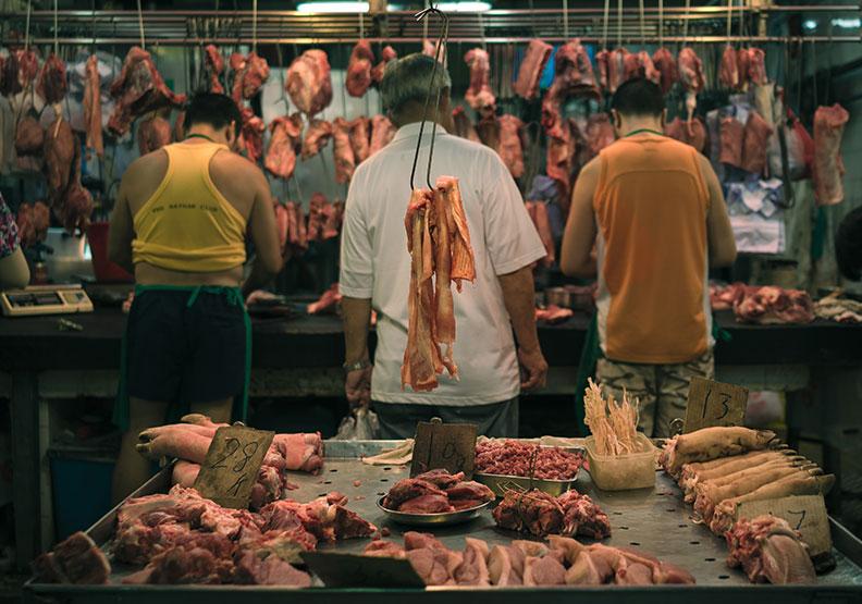 台灣近期開放美豬,結果是換來另一個幫美國出錢出力的機會。圖為情境配圖,來自Unsplash