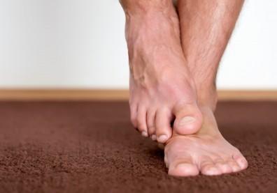 走一走就得停下來!小心下肢周邊動脈阻塞,嚴重者恐截肢