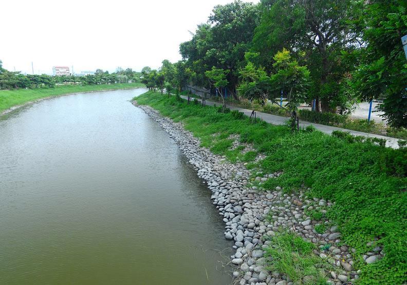月津港環狀水域綠色水岸整建計畫。圖片提供:台灣河溪網