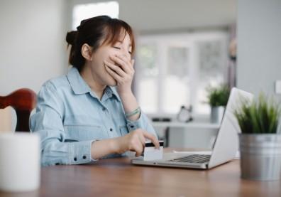 總是睡眠不足嗎?挪威研究:小心情緒扁平化