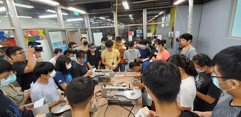 青年局舉辦一日木匠體驗活動,讓青年感受透過雙手製造良品的職人精神。