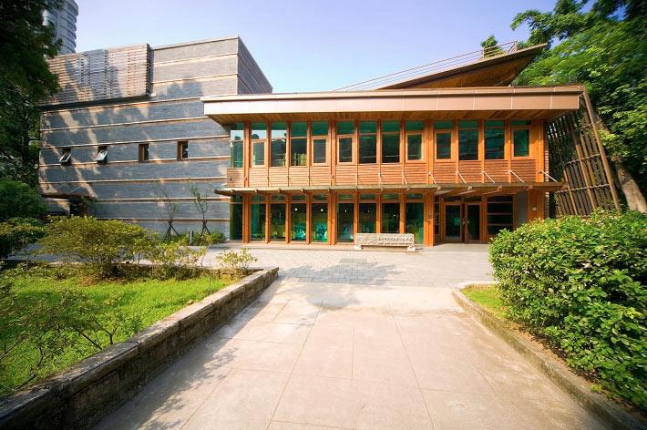 北投圖書館是台灣首座綠建築圖書館。來源:台北市立圖書館北投分館粉絲專頁