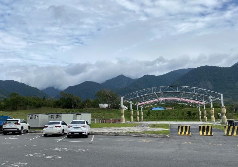 農會後方的停車場土地屬於富里鄉公所。