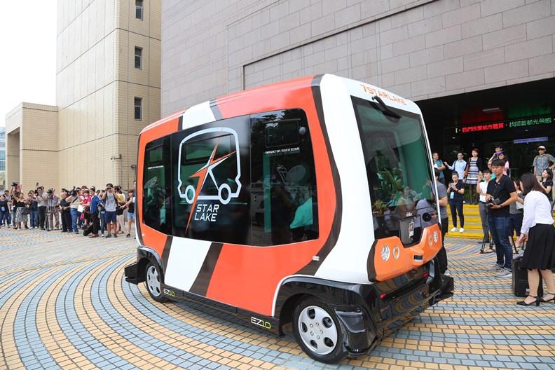 無人車是許多政府單位躍躍欲試的新科技。
