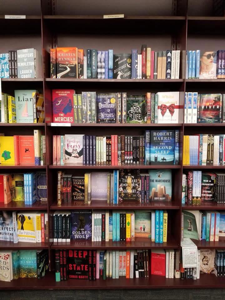 即將有20%的獨立書店因著這波疫情而倒閉。圖片取自Vromans Bookstore粉專