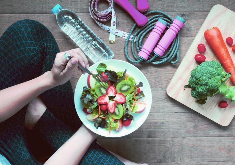 運動與飲食能並重,健康平安好活動!