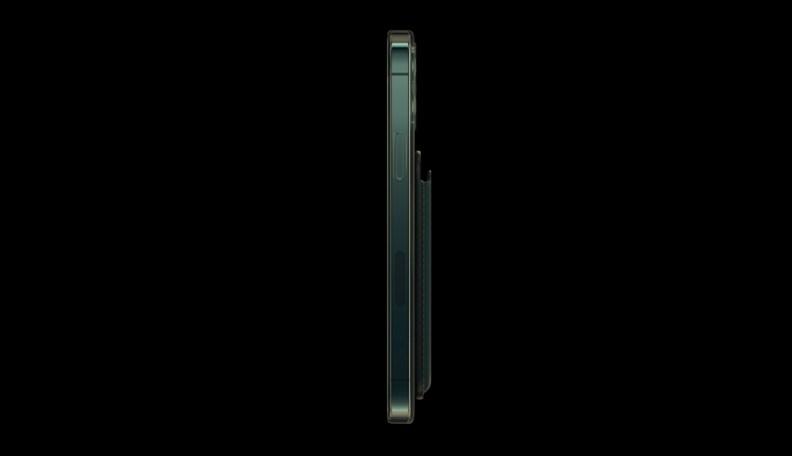 iPhone12美版機身側邊有塊長型側蓋,就是毫米波天線填補層。(圖片來源: Apple官網)