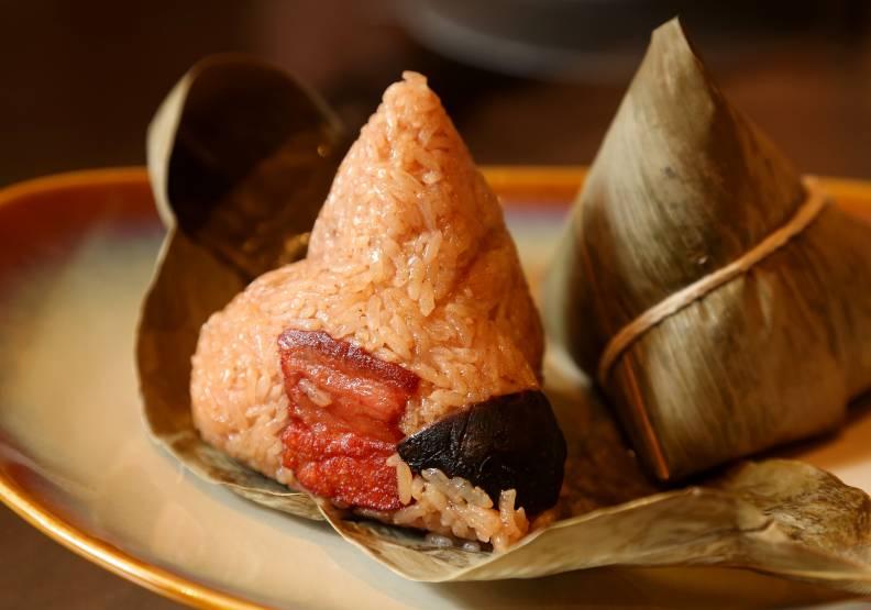「噶瑪蘭東坡肉粽」廣受饕客好評。張智傑攝