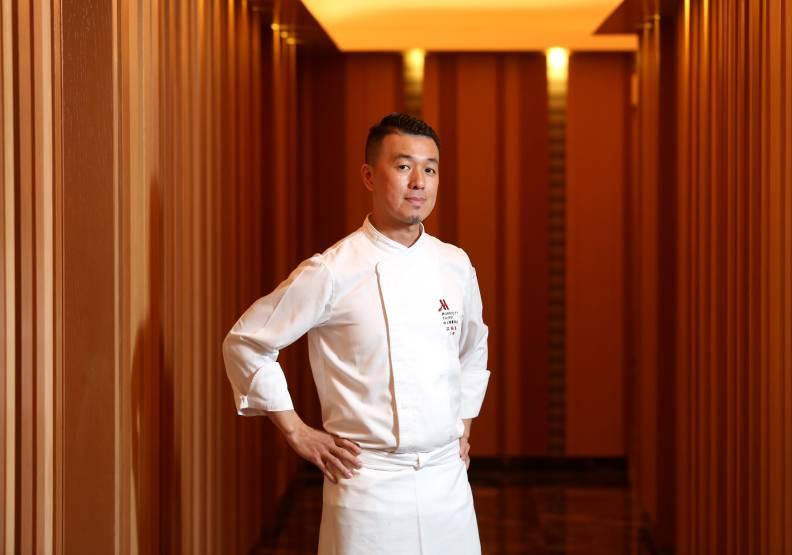 主廚洪福龍擅長將家常菜轉換為創新台味料理。張智傑攝