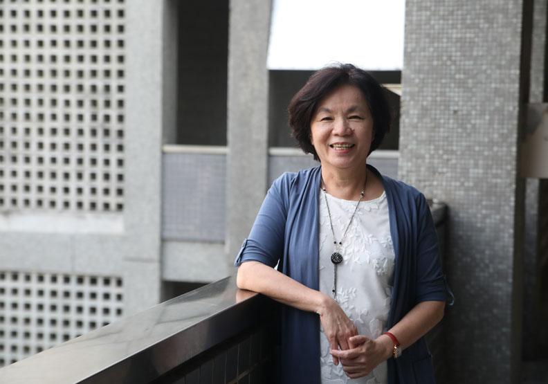 屏東縣副縣長吳麗雪認為,妥善利用各個局處的資源整合,其實就可以打造樂齡友善社區。