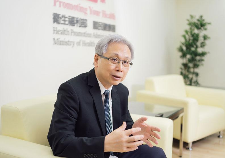 王英偉很早就開始推動長者相關的服務政策。