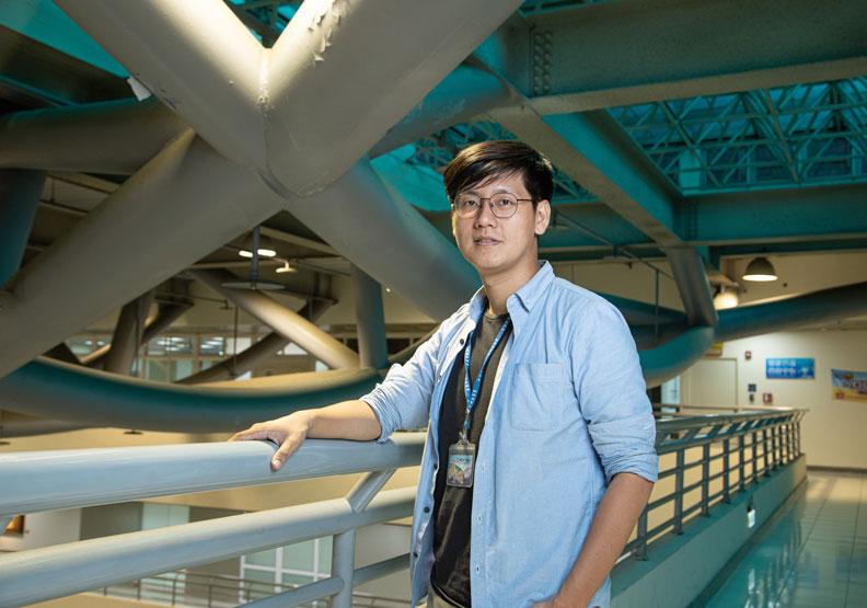 來到嘉義市的郭軒志,負責執掌台灣地方政府第一個「智慧科技處」。