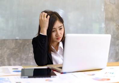 工作少根筋?容易焦慮又憂鬱,其實是成人注意力不足過動症