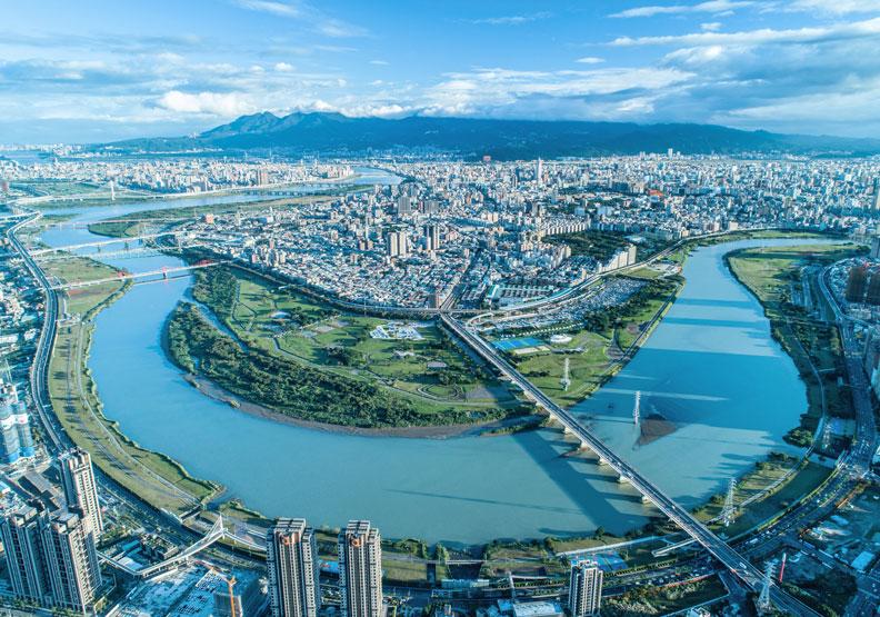 50+城市學《熟齡友善城市大調查》:6成網友認為居住地對長者不友善!
