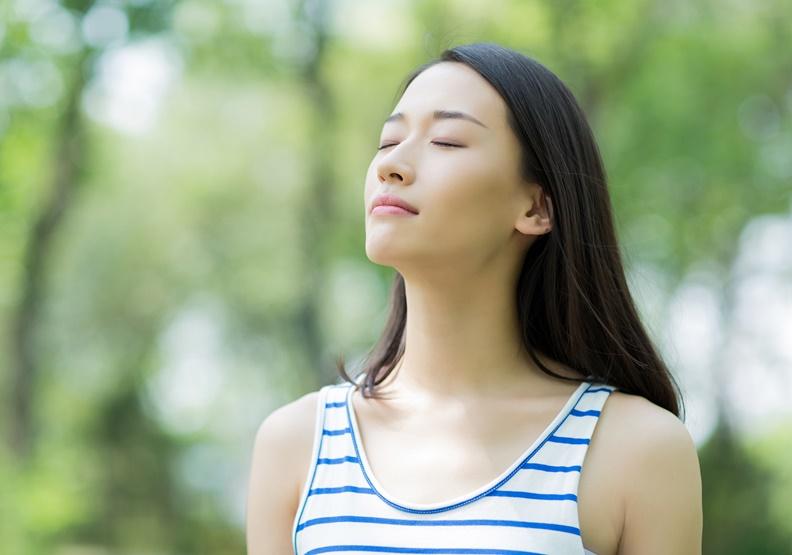 每個人都該重新學習呼吸!放鬆肌肉、對抗壓力