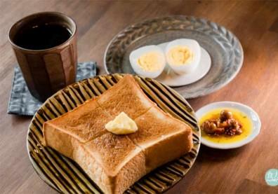 跟著台灣食材探險家顧瑋一窺大稻埕裡的簡單早餐!