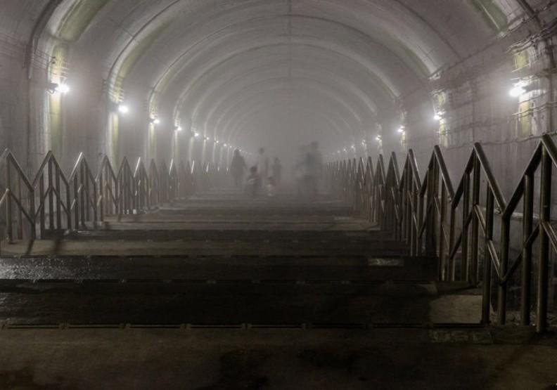 日本群馬縣上越線的地下車站土合駅一天的載客量不到20人,被日本網友公認為最荒涼車站。圖擷自PTT八卦板