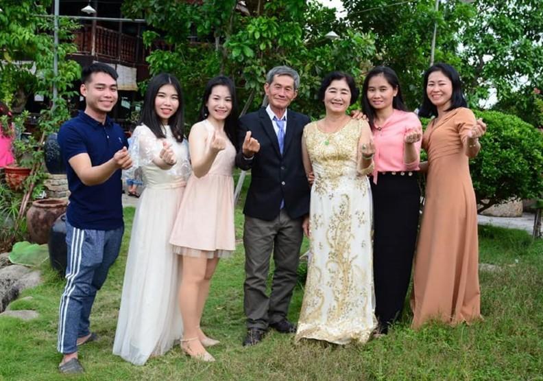 為父母辦婚禮,也幫越南新住民圓婚紗夢。照片來源:新向陽協會、潘羽姍