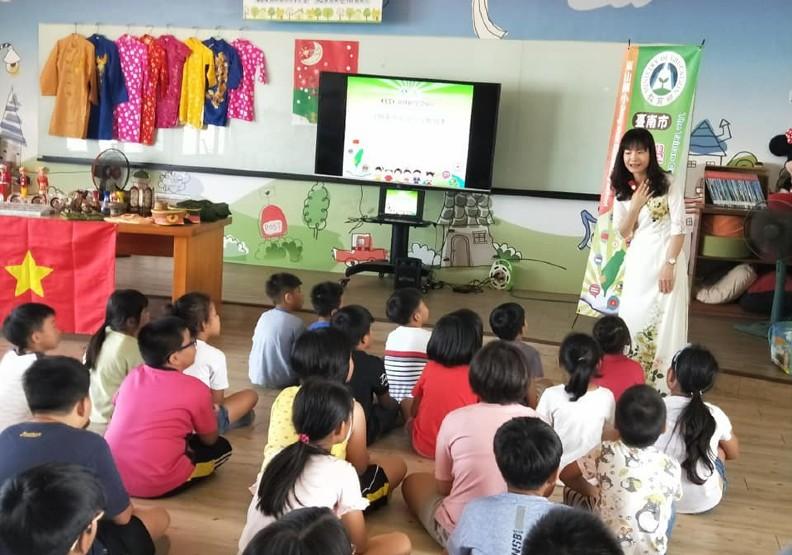 潘羽姍協助新住民學習中心推動多元文化交流。照片來源:潘羽姍